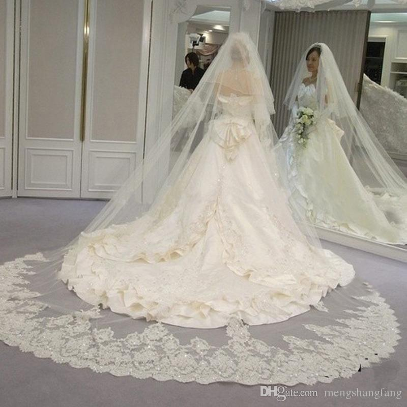 Two Layers Bling Sequined Lace at the Bottom Long 3 Meters Wedding Veil with Comb New 2T Cathedral Bridal Veil for Wedding