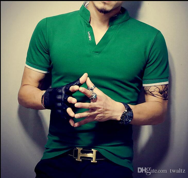 Camisa camisa para hombres con cuello en V 2017 en forma caliente para hombre sólido camisetas de manga T Venta de hombres verano Collar delgado Impresión T Fashion Top Short Laiso Ubvfb