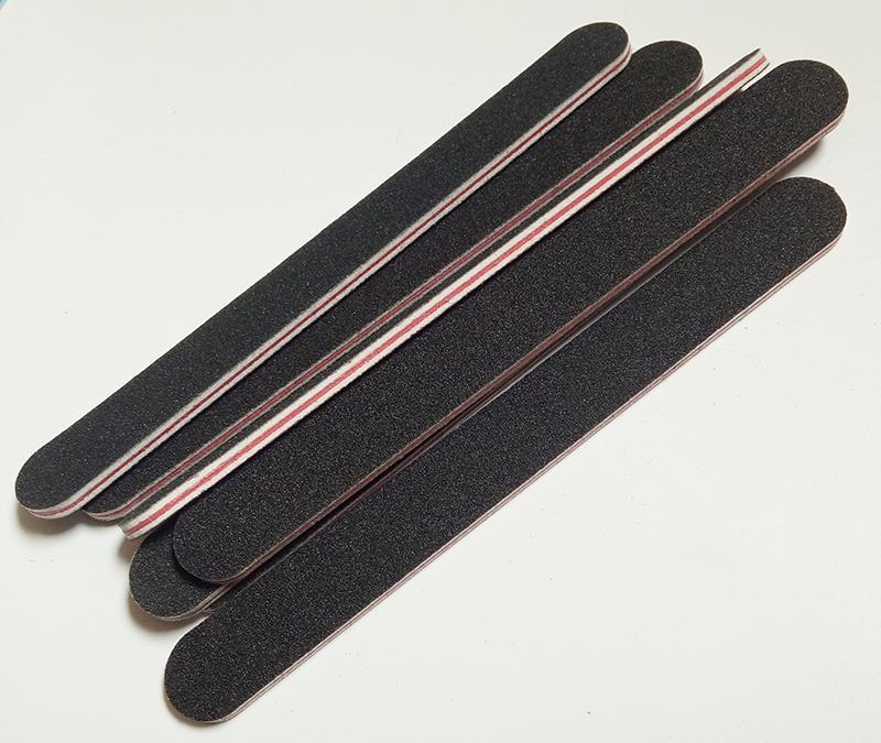 Hurtownie- 5 sztuk / zestaw czarny papier ścierny z czerwonym sercem Plik paznokci 180/240 Profesjonalny plik paznokci Grit dla manicure naturalne paznokcie Darmowe Shippin