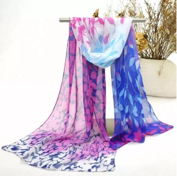 새로운 도착 패션 여성을위한 화려한 쉬폰 스카프 레이디 야외 비치 Sarongs 리프 패턴 스카프 믹스 색상 15pcs / lot 무료 배송