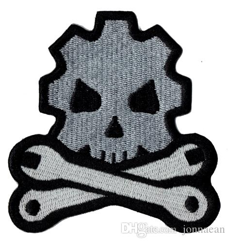 Cheap Skull Bone Tool Embroidered Iron On Patch Jacket Emblem 100% Embroidery Applique Badge 8.7cm*8cm G0042 Free Shipping