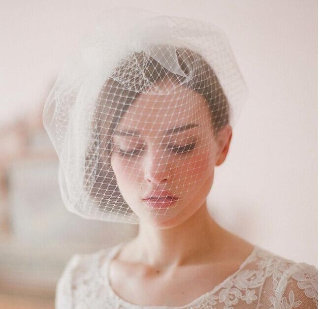 2017 pas cher dentelle applique voile voiles de mariage tulle mariage voile de mariée en blanc couleur livraison rapide pas cher en stock accessoires de mariée