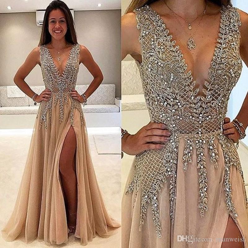Vestido de fiesta con cuentas laterales divididas Largo de cristal Profundo cuello en V Una línea de vestidos de noche Vestido de fiesta de talla grande de tul formal