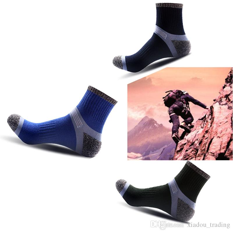 Autumn and winter new men's socks toes and heel thickening of the reinforcement of the outdoor climbing socks in the tube
