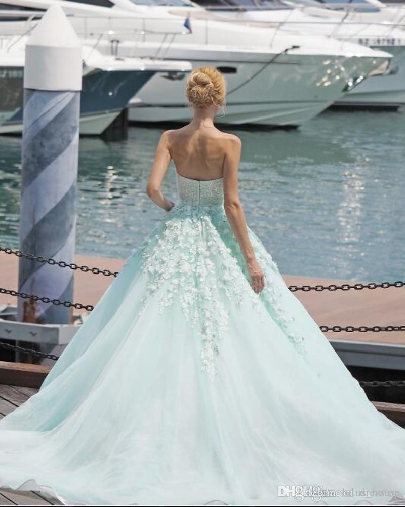 Discount Charming Bohemian 3d Floral Appliques Wedding Dresses A ...