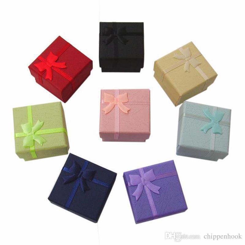 Gratis frakt 48pcs / lot multi färger ring stud smycken lagring papper låda örhängen förpackning presentförpackning för smycken 4 * 4 * 3 cm
