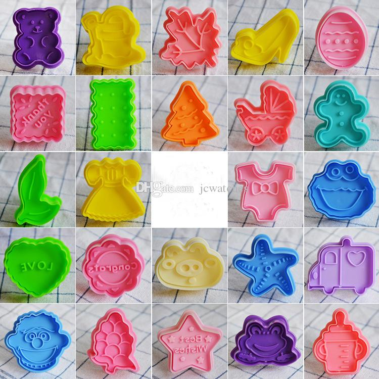 32 Style 3D Plastic Cookies Cutter Spring Pressing Mould Cake Decorating Tools Biscuits Mold