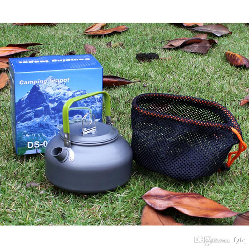0.8L Outdoor Kettle Camping Coffee Teapot - Water Kettle Pot For Camping Picnic Hiking Barbecue (Retail Box Packaging)