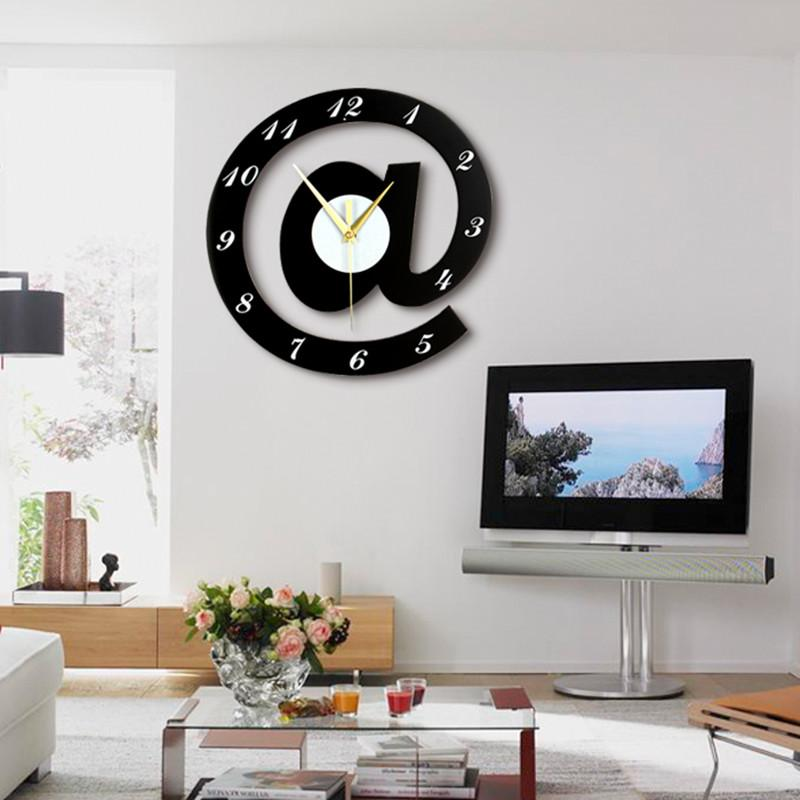 الإبداعية الشخصية غرفة المعيشة الجدار على مدار الساعة كتم الأزياء الأوروبية الحديثة الحد الأدنى لغرف النوم ساعة ووتش هدية