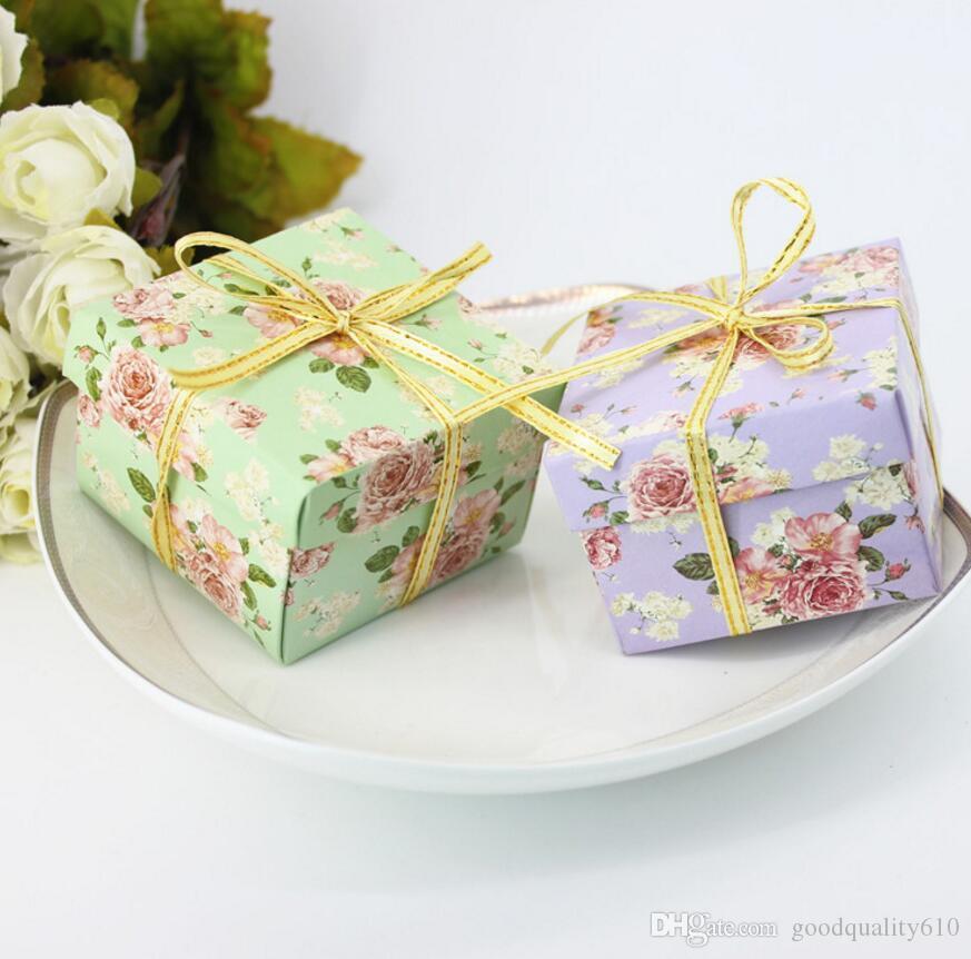 Scatole del cioccolato della scatola di Candy del fiore del cartone 100pcs con il nastro per il regalo di favore della doccia della festa nuziale