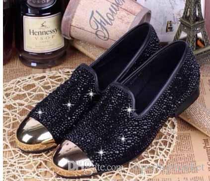 Chrismas cadeau pour les hommes de mode baskets or strass or métal orteils en cristal mocassins chaussures homme plat décontracté chaussures