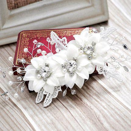 Wedding Bridal Bridesmaid Handmade Lace Rhinestone Pearls White Flowers Hairbands Tourism Vacation Tiaras Wreath Headdress Hair Accessories