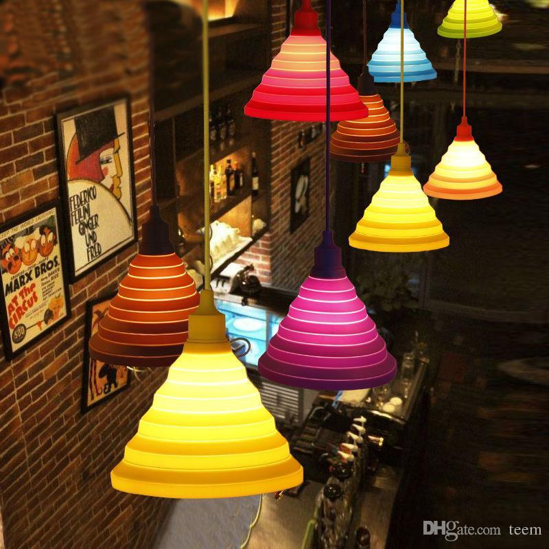 Lampes suspendues modernes Mode Simple Lampes colorées en silicone Design bricolage Abat-jour variable Douze couleurs E27 Titulaire