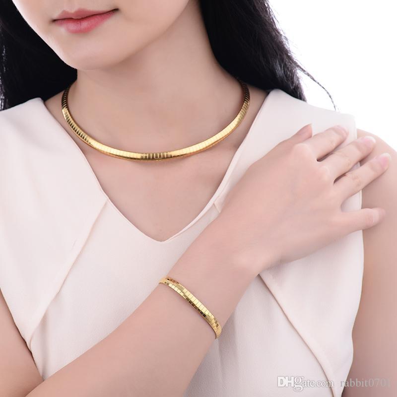 Set di gioielli in oro placcato per donne Set di gioielli in choker placcato in oro Set di gioielli in acciaio inox con argento