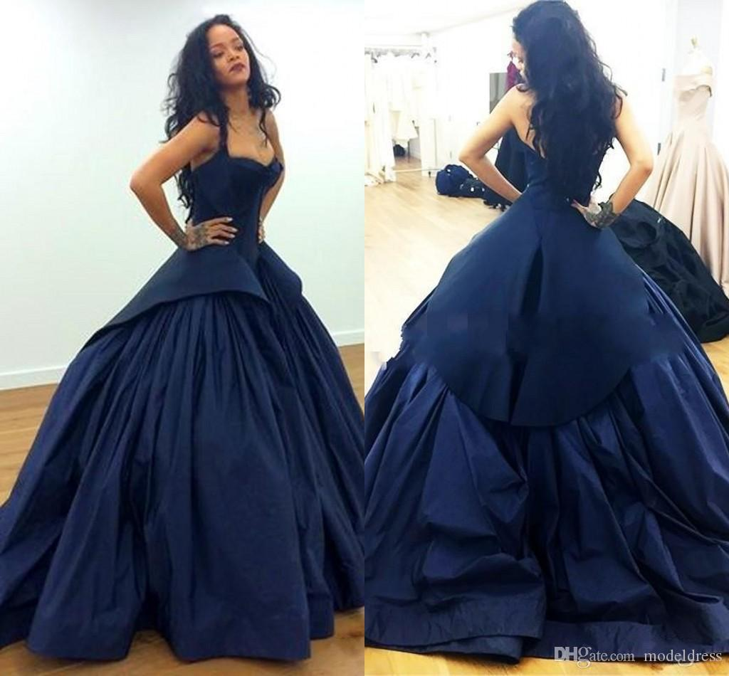 New Formal Arabic Evening Dresses 2019 Sweetheart Open Back Ruffles Sweep Train Formal Navy Blue Prom Special Occasion Gowns Cheap Custom