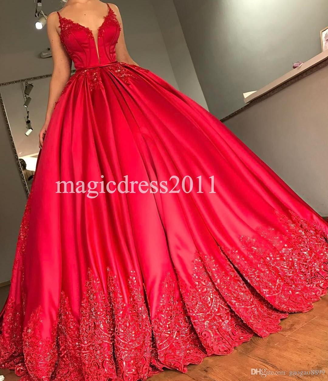 Luxury Red Ball Gown Prom Dresses With Court Train Lace Appliqued Formal Evening Gowns Spaghetti Open Back Dress for Party wear 2019