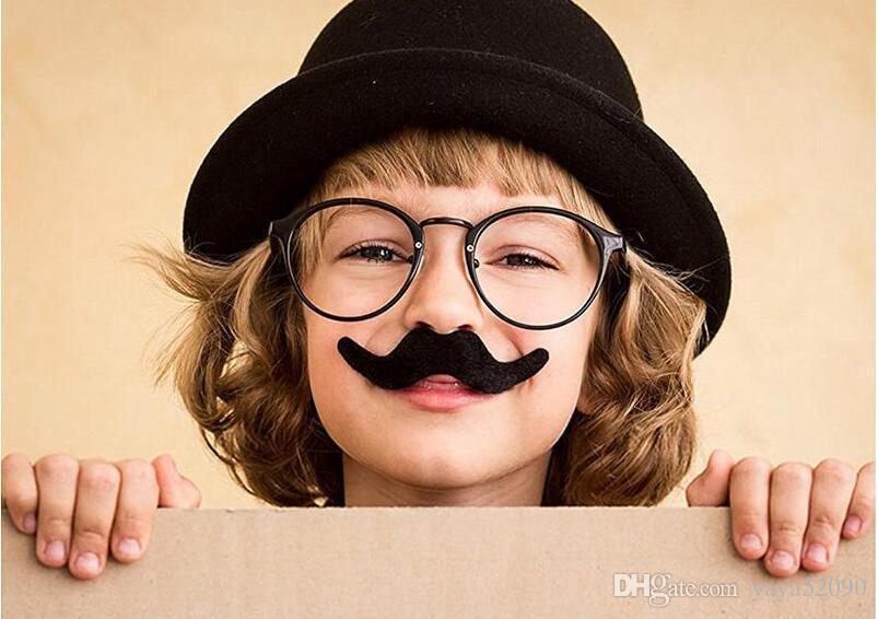 Halloween spielzeug Selbstklebende Gefälschte Schnurrbart 12 teile / satz Neuheit Schnurrbärte Party Favor Schnurrbart Schwarz Schnurrbärte für Maskerade Party Performance