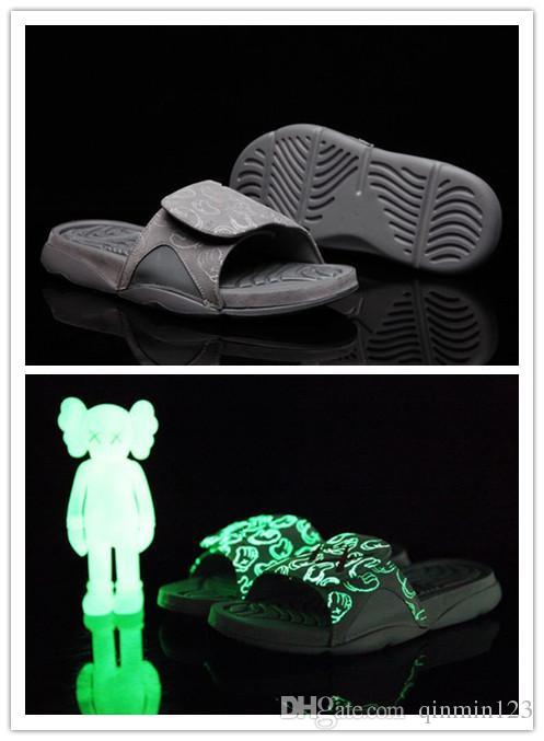 Kutu ile 4s x Hidro 4 Serin Gri terlik sandalet Hidro Slaytlar basketbol ayakkabı sneakers Glow boyutu 7-12