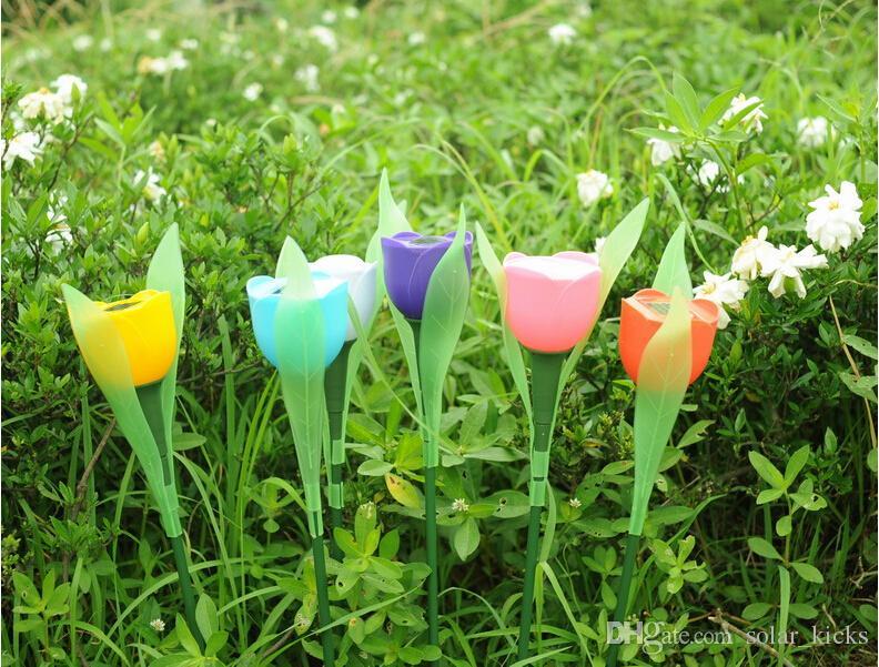 Illuminazione del percorso del prato inglese del giardino del cortile dell'iarda esterna della lampada a LED di forma del fiore del tulipano