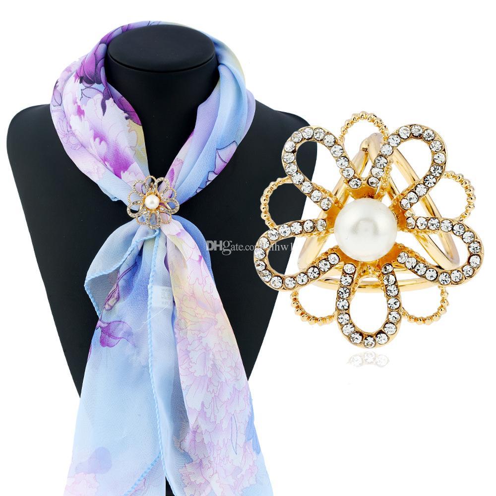 Avrupa Çiçek Kadınlar Bayanlar Için Eşarp Toka Broşlar Altın Kaplama Moda Kristal Inci Hollow Çiçek Başörtüsü Atkılar Tokalar