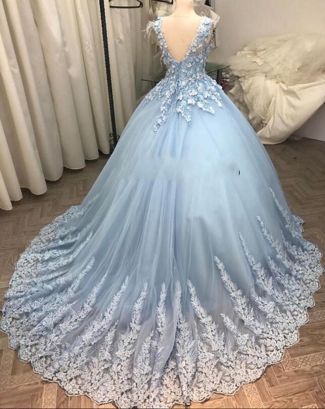 Großhandel Wunderschöne 3d Floral Appliques Arabische Brautkleider ...