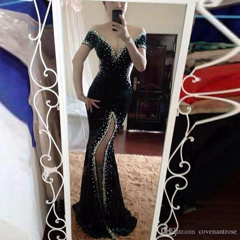 Sexy Black Velvet Slip Evening Dresses Long Beaded Crystal Mermaid Prom Dress Off Shoulder Short Sleeve Party Gowns