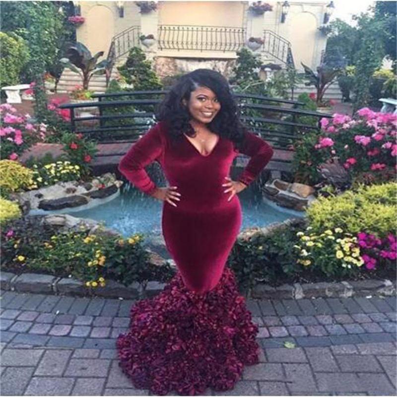 Afrikanska Bourgogne Långärmade Aftonklänningar Deep V Neck Ruffles Plus Storlek Prom Klänning Golv Längd Mor av brudklänningen