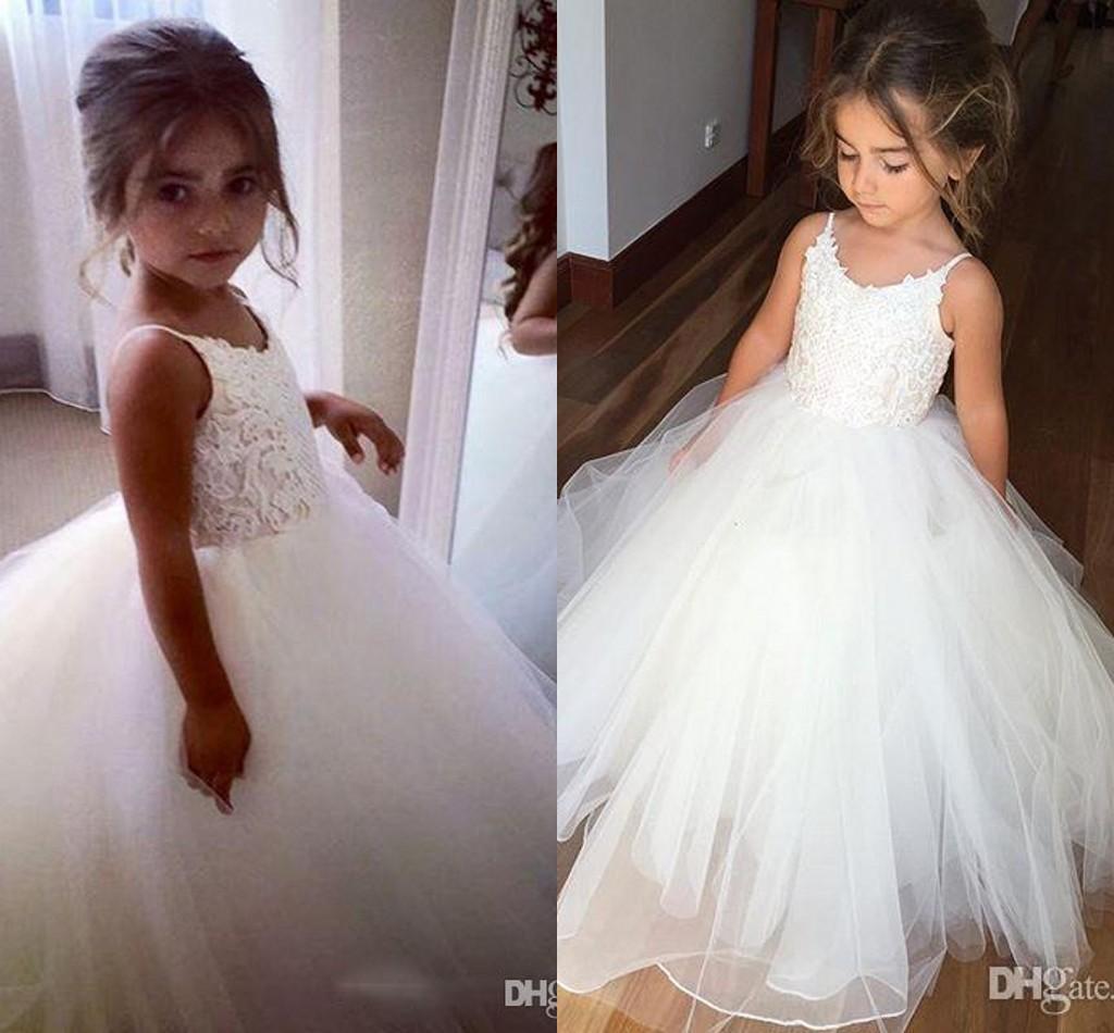 2019 Beautiful A line Sweet Flower Girl Dress Spaghetti Jewel sleeveless Floor length Satin lace Applique ball gown castle Flower Girl dress