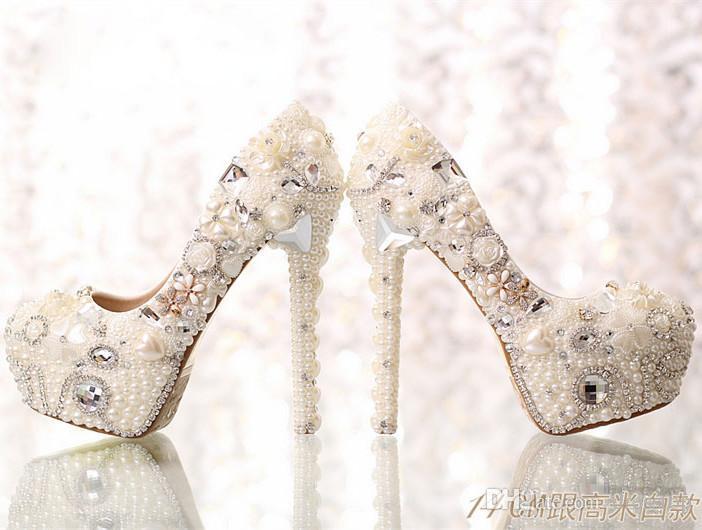 Gorąca sprzedaż Perły Buty ślubne dla kryształów panny młodej Wysokie obcasy Rhinestone Platform Pompy Buty ślubne Okrągłe Toe