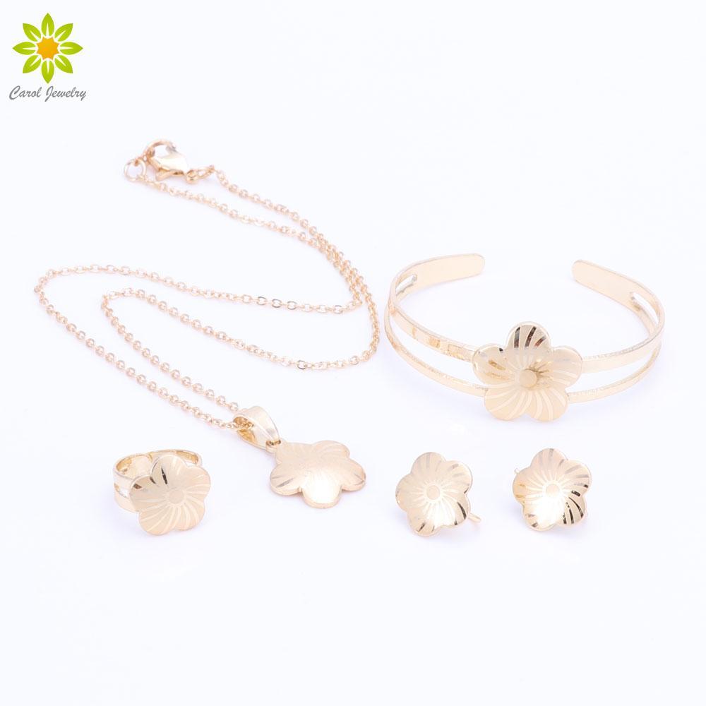 Baby Mädchen Schmuck Sets Kinder Geschenke Vergoldet Kinder Schmuck Set Blume Anhänger Halskette Ohrringe Armreif Ring