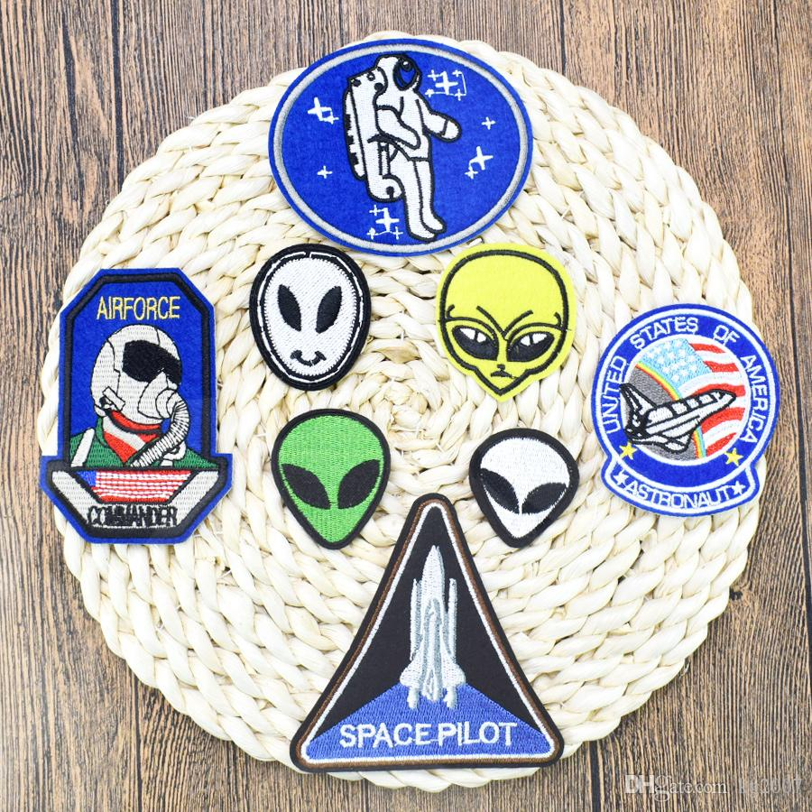 8 PCS Space Embroidered Patches for Clothing Iron on Transfer Applique Patch for Jeans Bags DIY Sew on Embroidery Kids Stickers