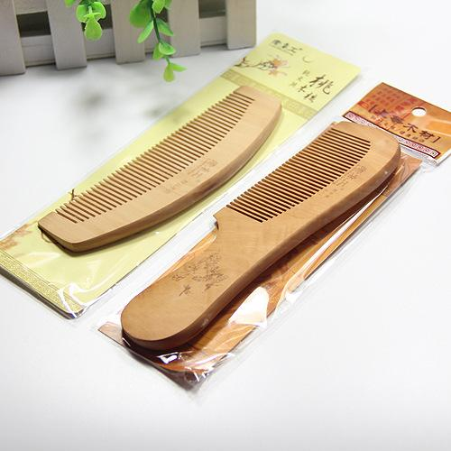 Makyaj tarak masajı taşınabilir ince büyük ahşap tarak doğal şeftali