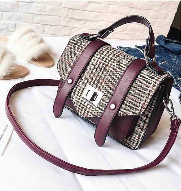 Korean version of the woolen party bag female 2018 new fashion hit color handbag personalized wild shoulder Messenger bag