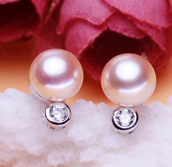 Heißer Verkauf 8-9mm weiße rosafarbene purpurrote abgeflachte natürliche Perlenohrringe ER0186 der Art und Weise