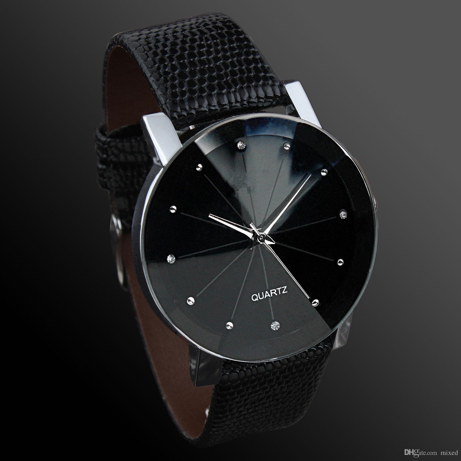 Модные часы с бриллиантовым поясом