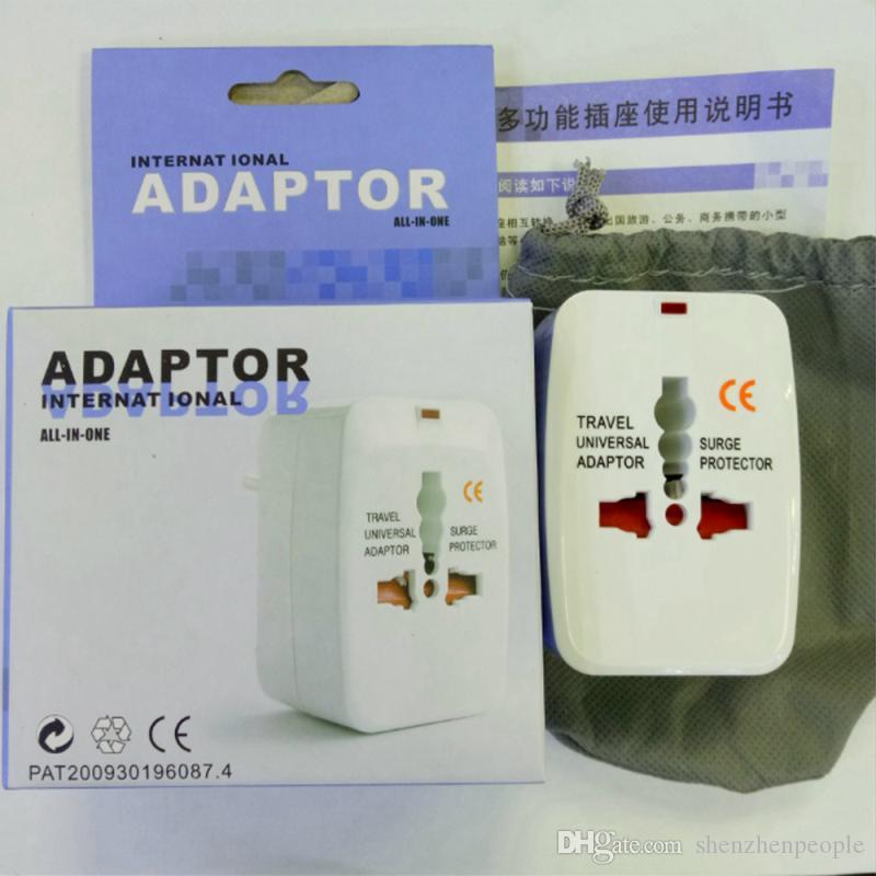 Universal International Adapter All-in-One-Reise AC Power Ladegerät für US EU UK AU-Konverter-Stecker mit Kleinpaket