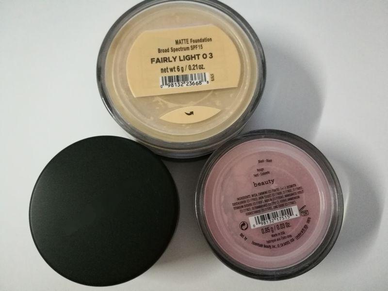 2017 NUOVI 4 colori minerali Fondotinta in polvere sciolto, blush beauty / warmth / MATTE abbastanza leggero 03 / warm con face 120 pz / lotto DHL