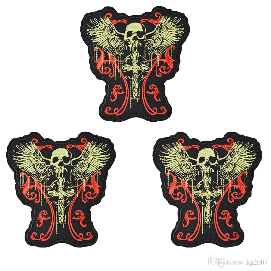 1PCS Punk Skull with Wings Badges Patches for Motor Clothing Shoes Iron on Transfer Applique Patches for Garment DIY Sew on Embroidery Badge