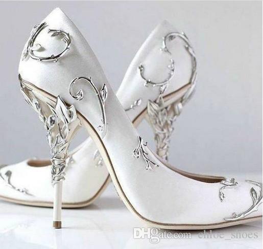 الفضة ورقة فستان الزفاف مضخات الزفاف للنساء رقيقة عالية الكعب الأبيض ساتان السيدات مضخات الانزلاق على الأحذية واحدة الصلبة