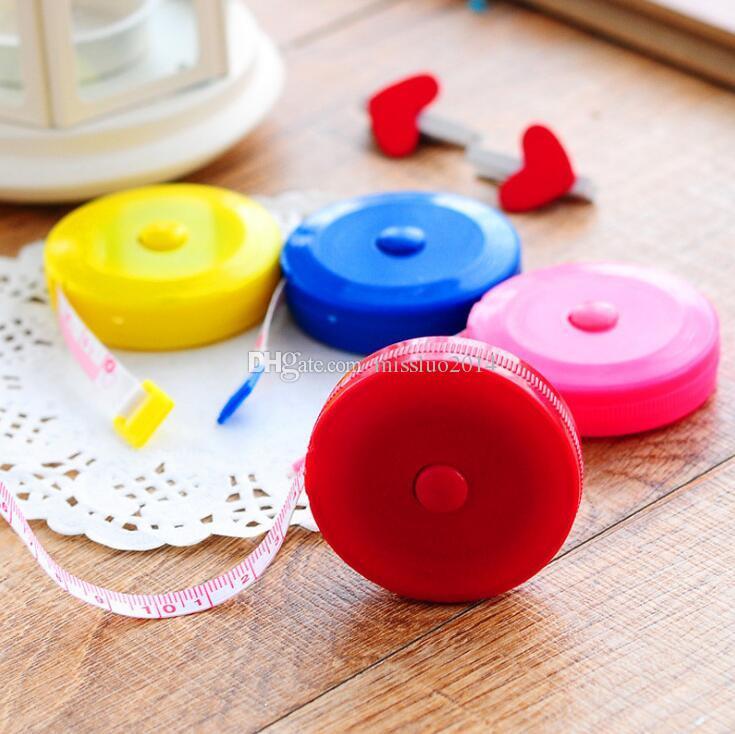 Wholesale 600pcs Multicolor 60 inch New Retractable Ruler Tape Measure 1.5M for Measures Sewing Cloth Dieting Tailor Promotion Via DHL FEDEX