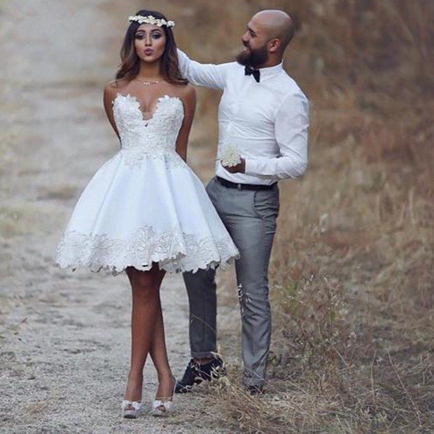 Schatz-Kurzschluss-beiläufige Strand-Spitze-Hochzeits-Kleid-neues eine Linie Brautkleider-kundenspezifische Größen-handgemachte Applikationen Meistverkaufte Art und Weise romantisch