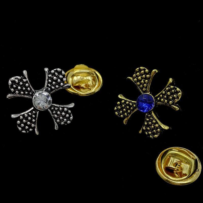 الكريستال بروش على شكل شارة قميص شارة دبوس استعادة طوق النمط القديم جميل الذهب الاصطناعي والفضة بروش مع الماس