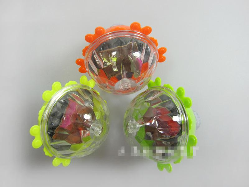 The latest Flash friction gyro both can play a clean bright light source toy stall