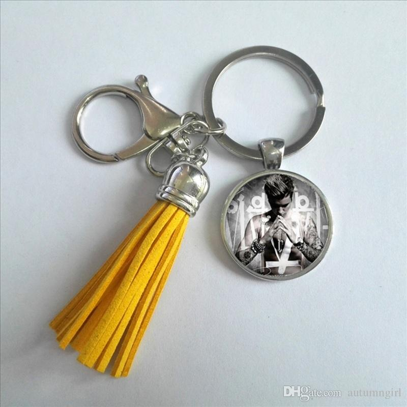 Fashion Justin Bieber in Silver Shield Keychain Handcraft Singer Tassel Keyring Glass Dome Key chain Gifts For Fans