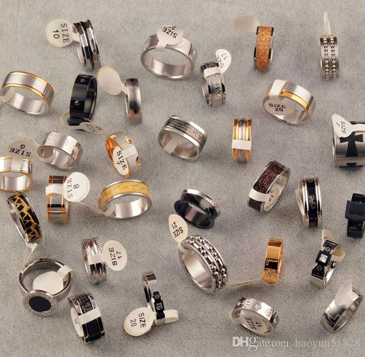 Gli anelli dell'acciaio inossidabile del lotto di stile della miscela anneriscono l'anello della fascia del regalo del partito dei gioielli di modo delle donne dell'anello del diamante Trasporto libero