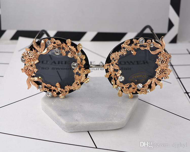 Ladies Vintage Metal Fish Sunglasses Baroque Brand Exaggerated Sunglasses Luxury Sun Beach Glasses Metal Three-Dimensional Eyewear