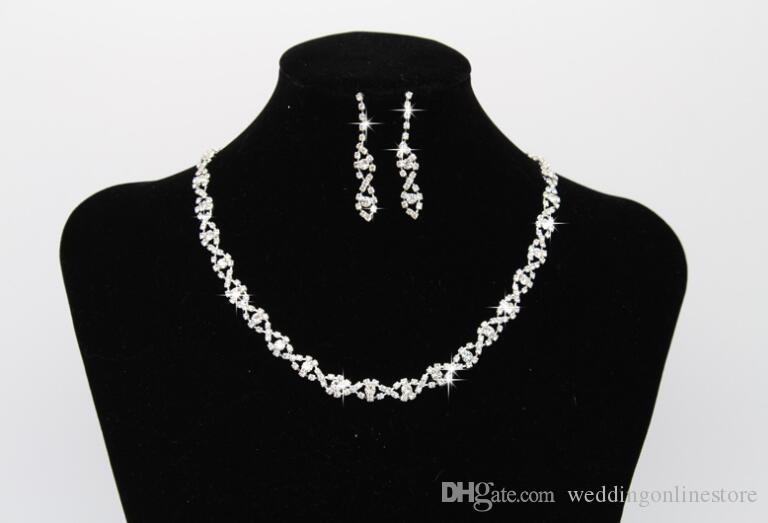 Bayan Gelin Düğün Rhinestone Kolye Küpe Takı Setleri Gümüş Kaplama Bling Çiviler Nedime için Eardrop Kolye