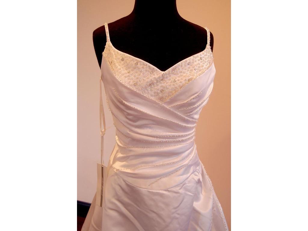 Compre Real Made Barato Spathettic Straps Cariño Plisado Vestido De ...