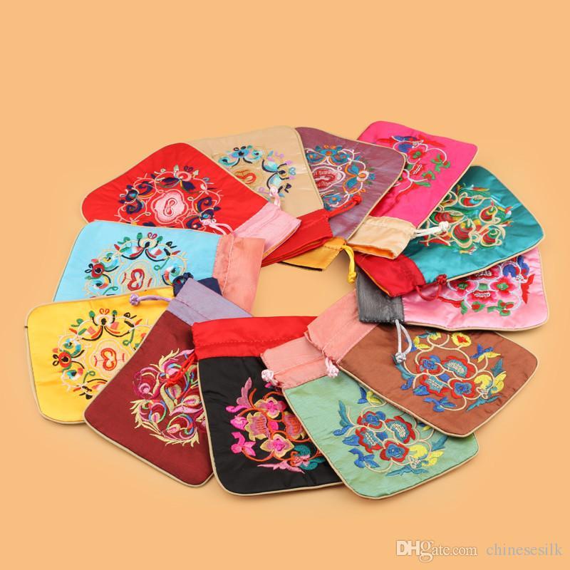 Sacchetto di immagazzinaggio dei monili piccolo ricamato della rappezzatura dei monili Sacchetti d'imballaggio della tasca della moneta del sacchetto del regalo del tessuto del raso del tessuto etnico cinese 50pcs / lot