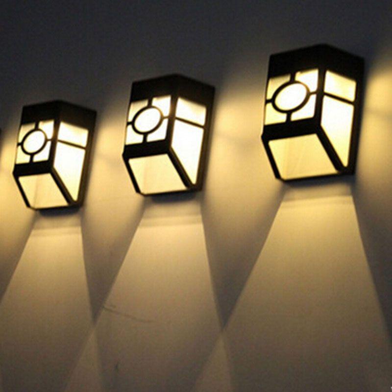 10pcs / lot luce solare del sensore del giardino del LED IP55 impermeabile principale lampada esterna della lampada di parete del corridoio del corridoio di percorso della luce solare 2 LED